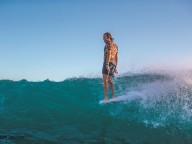 S16_Photo rights expire January 1, 2017: Devon Howard. North Shore, Hawaii.