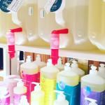 伊勢丹新宿店で、ドイツ生まれのオーガニック洗剤〈sonett〉のリボトリングスタンドが本格スタート