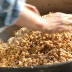 2月23日(土)2種のお味噌を贅沢な素材で仕込み、味噌玉の作り方も学べる!
